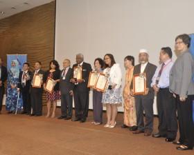 Pemenang anugerah tokoh hak asasi manusia 2013